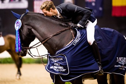 Brian Moggre and Vivre Le Reve win The National Horse Show Grand Prix © FEI