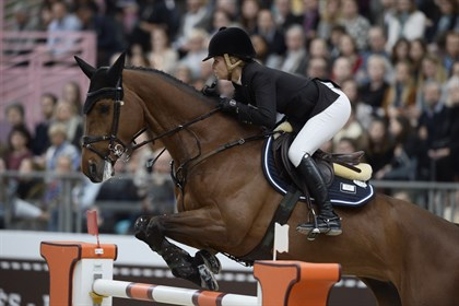 Edwina Tops-Alexander and California winning the Grand Prix at Saut Hermès, 2017 - © Christophe Bricot/Saut Hermès