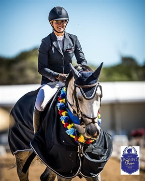Gabrielle Kuna and Cera Cassiago, winners of the Word Cup qualifier at the 2017 Boneo Classic - Photo Stephen Mowbray