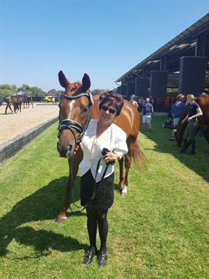 Mandy Parsons and Zhia at Boneo Park. Photo supplied.