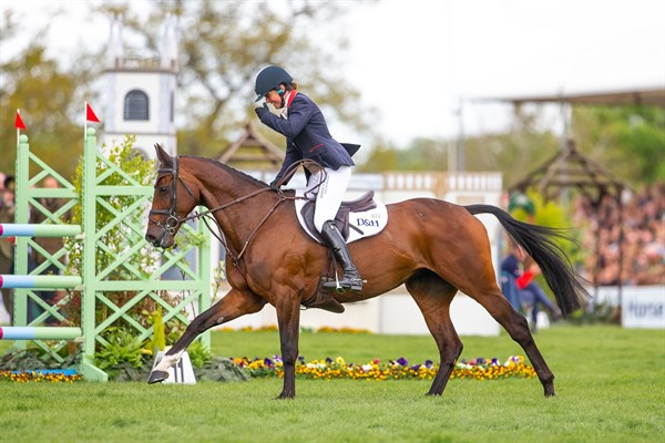 Piggy French and Vanir Kamira, winners of the 2019 Badminton Horse Trials. © Elli Birch/BootsandHooves