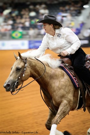 Shauna Larcombe and Designed With Shine in the reining final - © Michelle Terlato