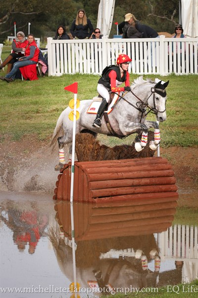 Sophie Bennett on Branigans Irish Connection in the CCIJ1* © Michelle Terlato